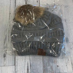 NEW Latched Mama Pom Beanie